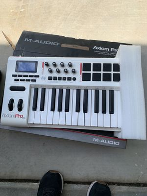 M-Audio Axiom Pro 25 for Sale in Bakersfield, CA