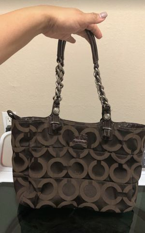 Coach bag in excellent condition outside inside has some stains $10 for Sale in Fort Worth, TX