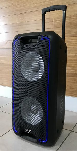 Speaker Bluetooth radio USB recargable aux karaoke ecualizador Perfecto para for Sale in Hialeah, FL