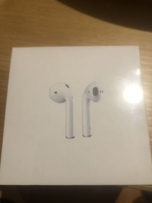 AirPods 2gen Wireless Charging Bluetooth Earbuds Apple for Sale in Las Vegas, NV