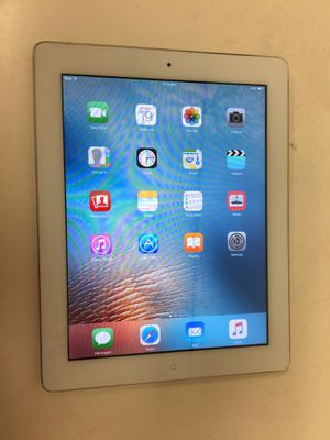 Apple ipad 2nd gen 32gb wifi with charger for Sale in Houston, TX