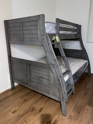 Twin/full bunk beds with mattresses included. for Sale in Montclair, CA