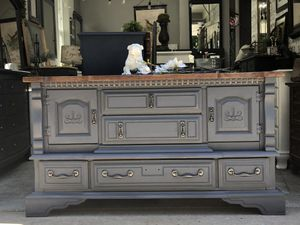 Beautiful gray Dresser, hutch for Sale in Battle Ground, WA