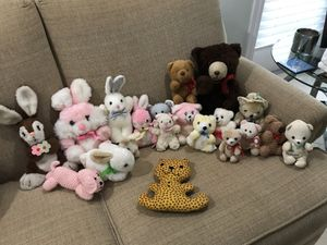 Vintage stuffed animals. Bears, Bunny's dogs & more! Some jointed! for Sale in Largo, FL