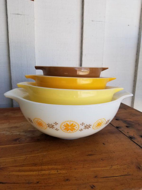 Vintage Pyrex Cinderella Bowls