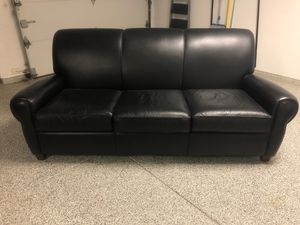 Wayne Phillips Couch by Barca Lounger for Sale in Palm Desert, CA