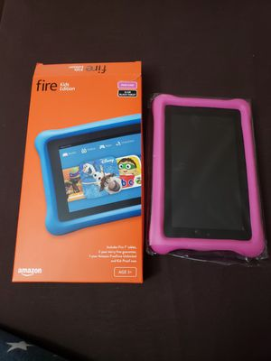"""Fire kids edition 7"""" 16gb black tablet with pink case for Sale in Mission Viejo, CA"""