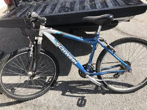 Schwinn Aluminum bike 1st $125 takes for Sale in Las Vegas, NV