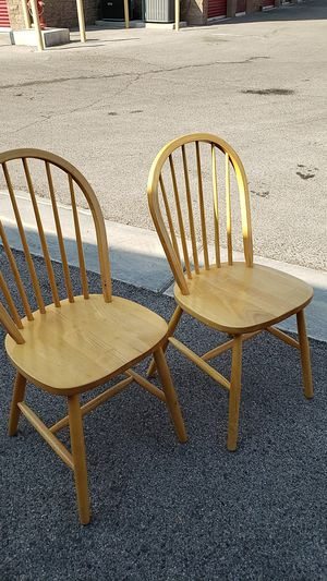 Wooden chairs for Sale in Las Vegas, NV