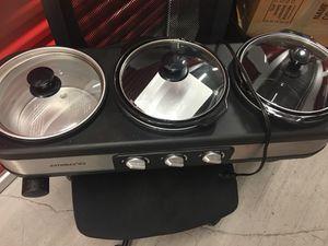 Triple slow cooker for Sale in Miami, FL