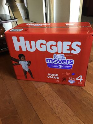 HUGGIES SIZE 4 124 pañales for Sale in Long Beach, CA