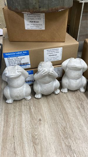 Cement garden frogs for Sale in Los Angeles, CA