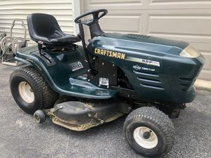 "Craftsman 42"" riding lawn mower! for Sale in Ontarioville, IL"