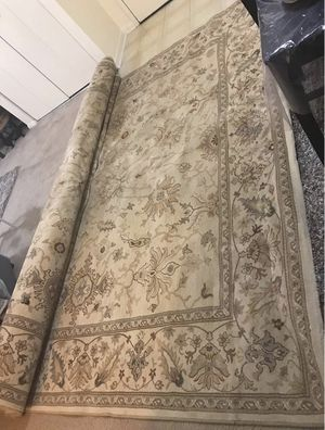 Still available high quality large heavy thick 9x13 ft rug pick up in Gaithersburg md20877 for Sale in Gaithersburg, MD