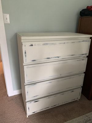IKEA Malm Dresser - Antiqued for Sale in Maple Valley, WA
