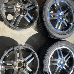 """6 Lug 20"""" X 8.5 Rims Wheels 4 Set for Sale in Antioch, CA"""