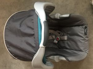 GRACO car seat for Sale in Clarksville, TN