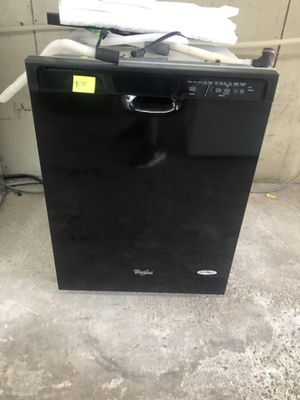 Black Whirlpool Dishwasher for Sale in Columbia, SC