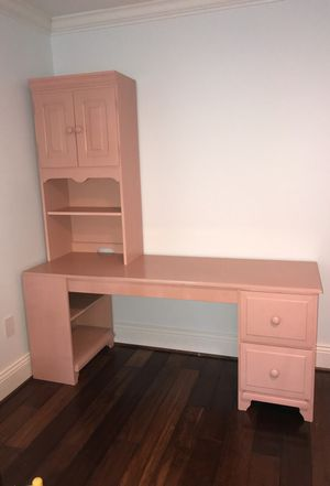Long Desk/ Hobby Workstation -2 drawers, bookshelves and Hutch for Sale in Great Falls, VA