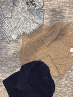 Boys Sizes 3/4 H&M / Zara & Baby Gap Sweaters All For 20$ for Sale in Kent,  WA