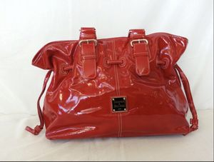 Dooney & Bourke Red Patent Leather Tote for Sale in Orlando, FL