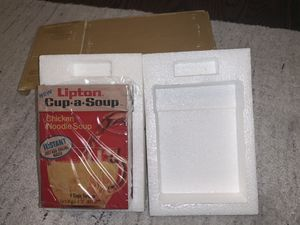 New in box: vintage Lipton Cup-A-Soup transistor radio for Sale in Fairfax, VA