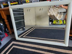 White wash mirror for Sale in Coral Springs, FL