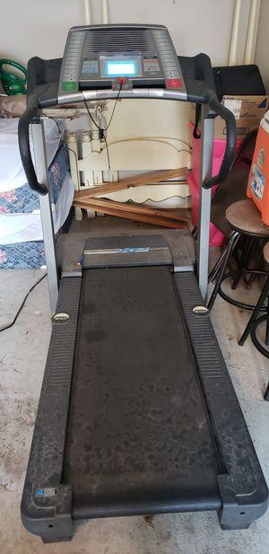 Treadmill Pro form Xp 650e for Sale in Lawrenceville, GA