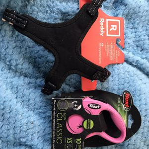 XSmall Black Reddy Dog Harness + Pink Flexi Retractable Dog Leash for Sale in El Cajon, CA