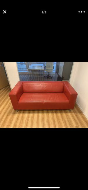Red couch for Sale in Coral Gables, FL