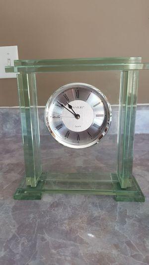 Very good condition all heavy thick glass Danbury clock for Sale in Harrisonburg, VA