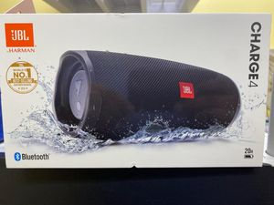 JBL CHARGE 4 BRAND NEW BLUETOOTH SPEAKER LOUD for Sale in Garland, TX
