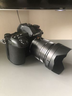 Panasonic LUMIX G9 4K camera w/ Lecia 12-60 lens & extras for Sale in Dallas, TX