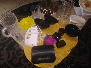 Miscellaneous kitchen bundle for Sale in San Antonio, TX