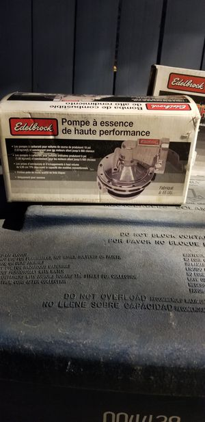 Edelbrock fuel pump ford 289 for Sale in Los Angeles, CA