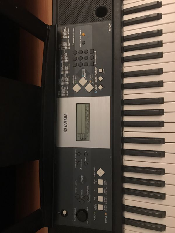 Yamaha Electric Keyboard Piano for Sale in Miami, FL - OfferUp