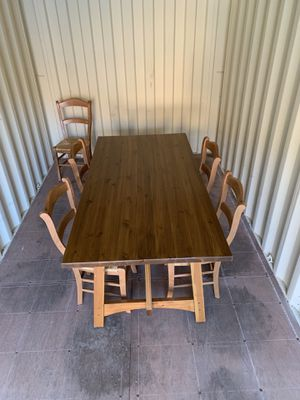 Kitchen table for Sale in Salinas, CA