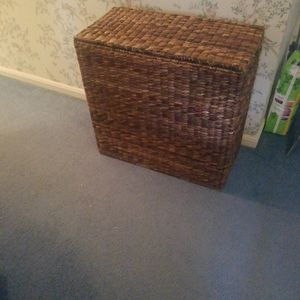 Laundry Hamper for Sale in Countryside, IL
