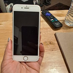 iPhone 6s In Perfect Condition, No Scratches & No Cracks! for Sale in Palm Springs, CA