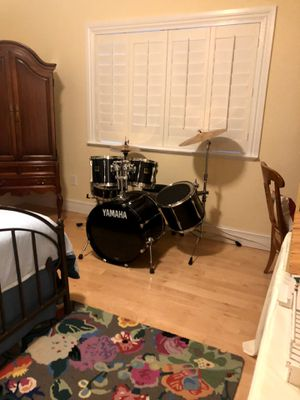 Yamaha GigiMaker drum 7 piece drum set for Sale in Miami, FL
