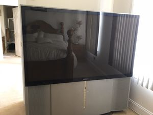 60 inch Projection TV with a Free Roku for Sale in Springfield, PA