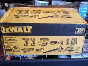 Dewatt 10 tool combo kit for Sale in Morrow, GA