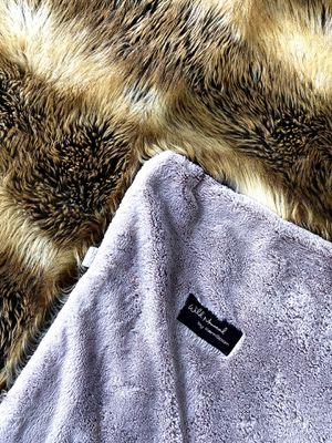 Faux Fur Throw for Sale in Miami, FL