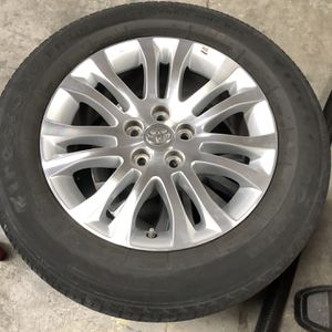 Wheels From Sienna XLE for Sale in New Port Richey, FL