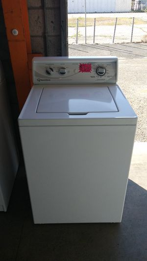 SPEED QUEEN TOP LOAD WASHER for Sale in Montclair, CA