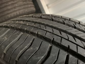 246/65/17 Nokian Semi New Set (4) for Sale in Vancouver,  WA