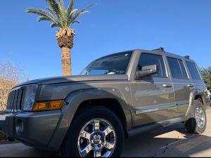 Jeep Commander 2006 . Tiene falla en el. Motor . for Sale in Phoenix, AZ