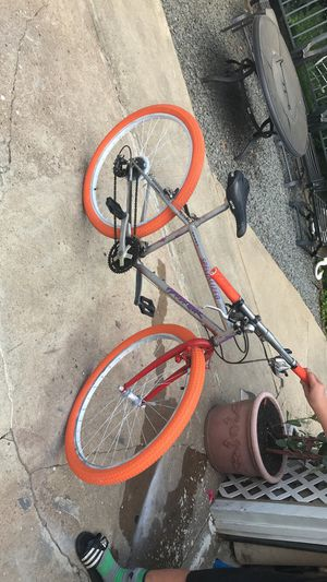 """Specialized pedal bike """"26"""" tire size for Sale in Lawrence Township, NJ"""