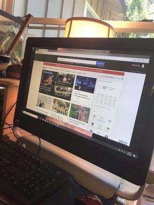 Hp desktop pc, beats audio, touchscreen, windows 10 for Sale in Santa Cruz, CA
