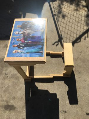 Kids frozen craft desk for Sale in Pasadena, CA